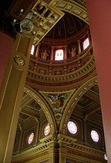 http://chicosardelli.com.br/5-fatos-historicos-sobre-a-basilica-de-santo-antonio-de-americana
